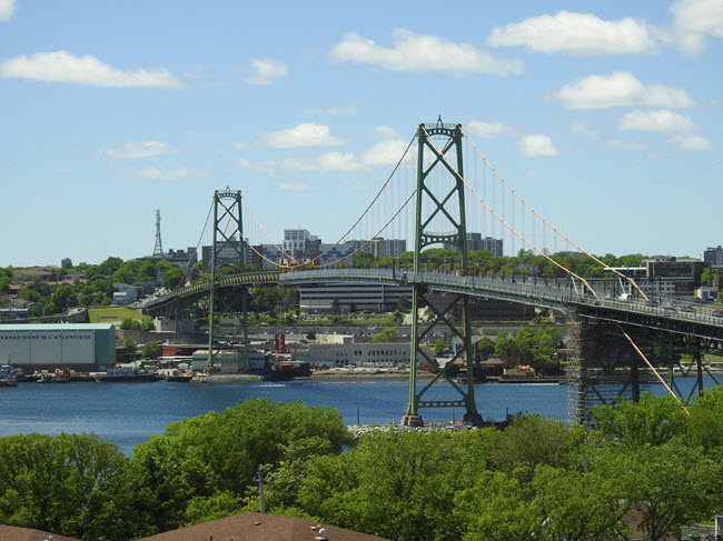 Photo Macdonald Bridge, Halifax