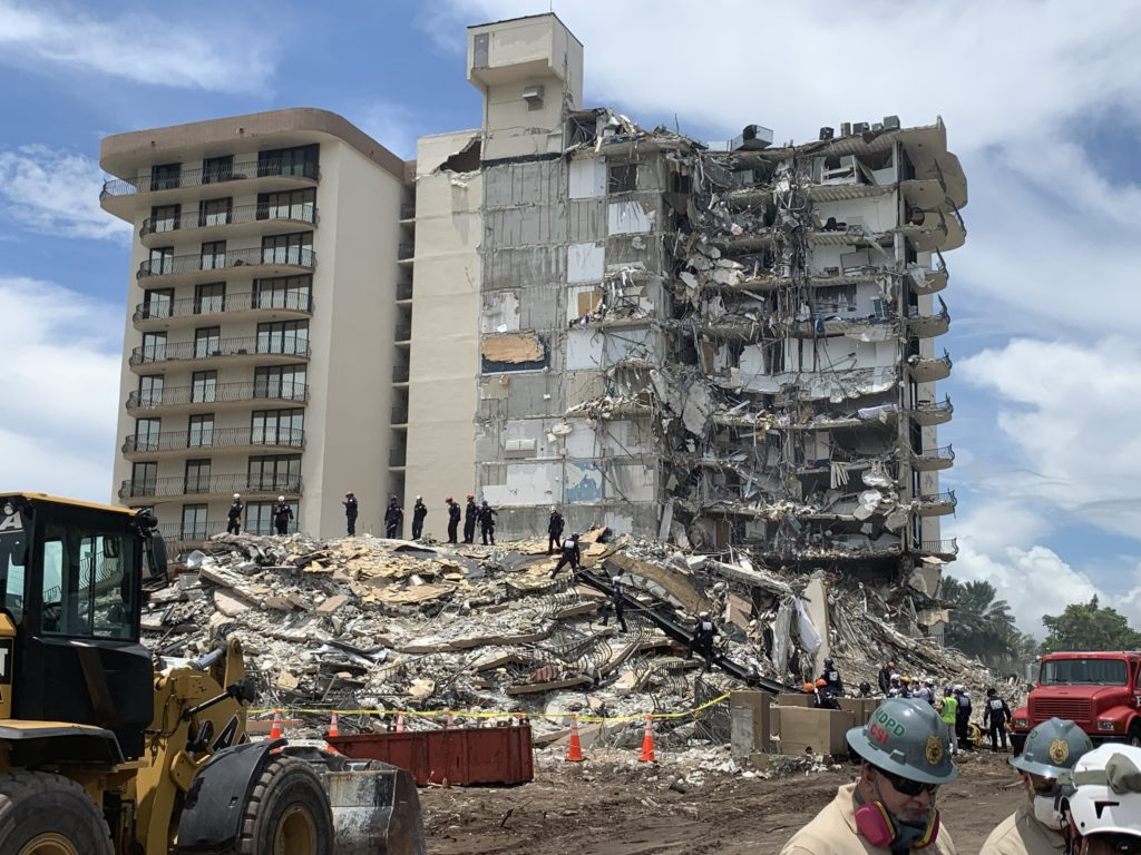 the partial collapse of the Champlain Towers South condominium